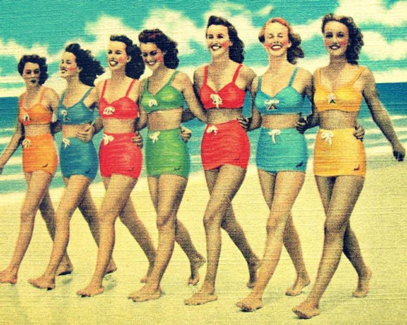 Girls in Vintage Swimsuits Beach Bathroom Print