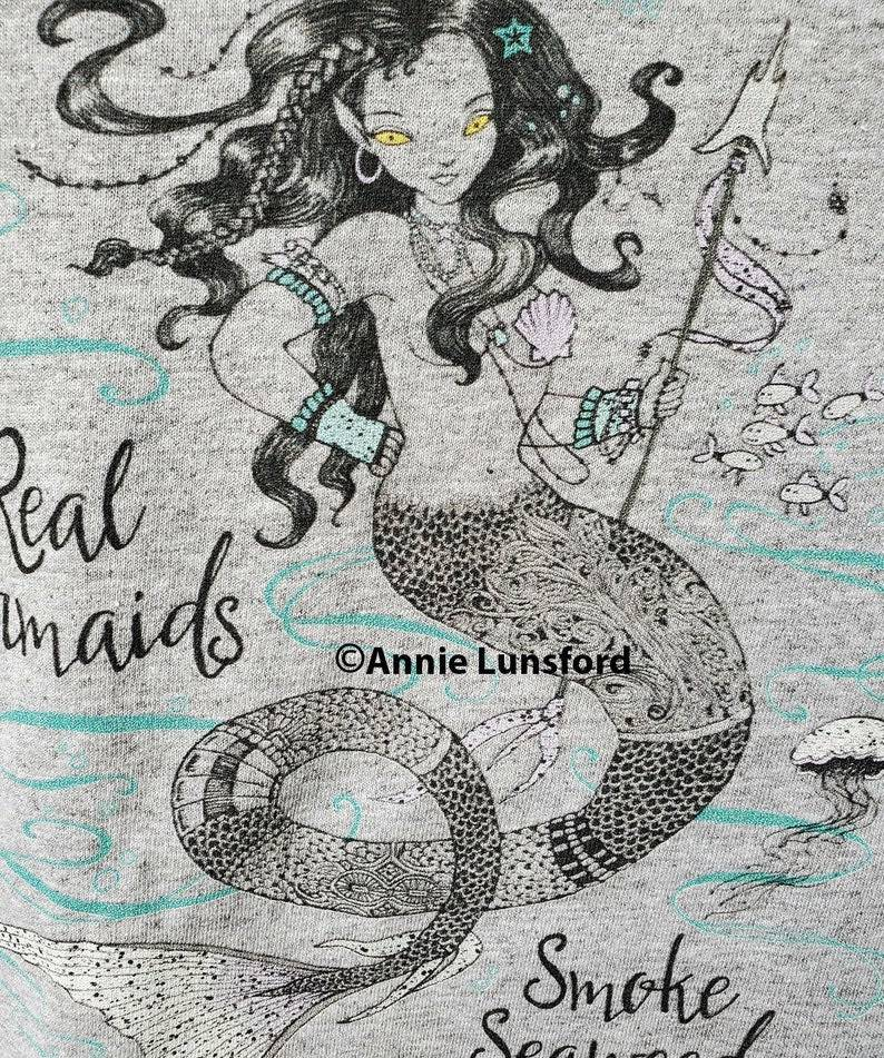 """""""Real Mermaids Smoke Seaweed"""" T-Shirt"""