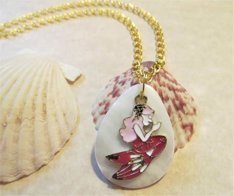 Mother Of Pearl Girl's Mermaid Necklace<