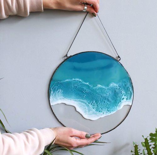 artist: Anna Paschenko - resin ocean suncatcher (beach resin art)