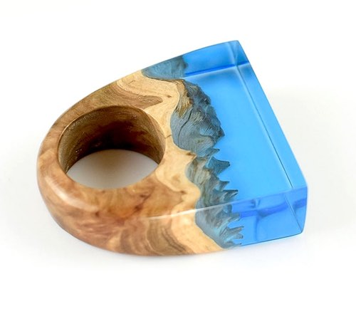 artist: Tor Johansson - resin ring